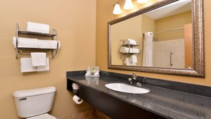 - Holiday Inn Express Hotel & Suites Sharonville