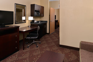 Suite - Holiday Inn Express Hotel & Suites Sharonville