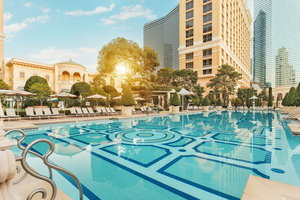 Pool - Bellagio Hotel Las Vegas by Leading Hotels of the World