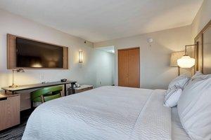 Room - Fairfield Inn by Marriott Woodbridge Avenel