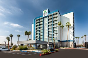 Exterior view - Holiday Inn Express Hotel & Suites Santa Ana