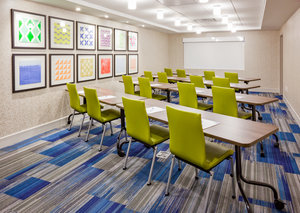 Meeting Facilities - Holiday Inn Express Hotel & Suites Downtown Des Moines