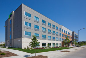 Exterior view - Holiday Inn Express Hotel & Suites Downtown Des Moines