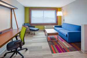 Suite - Holiday Inn Express Hotel & Suites Downtown Des Moines