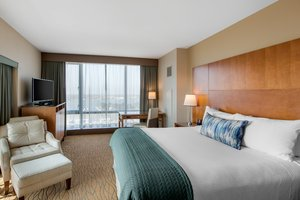 Room - Omni Hotel San Diego