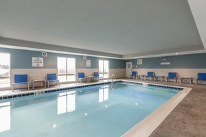 Pool - Holiday Inn Express Hotel & Suites South Bend
