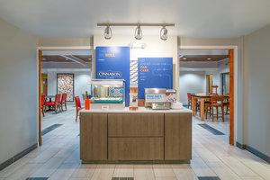 Restaurant - Holiday Inn Express Hotel & Suites Elkins