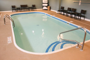 Pool - Holiday Inn Express Osage Beach