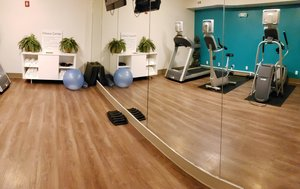 Fitness/ Exercise Room - Holiday Inn Express Osage Beach