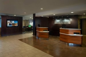 Lobby - Courtyard by Marriott Hotel Creve Coeur