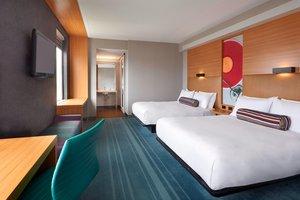 Room - Aloft Hotel Vaughan