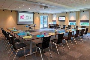 Meeting Facilities - Aloft Hotel Vaughan
