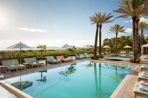 Pool - Marriott South Beach Hotel Miami Beach