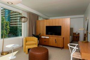 Suite - Sarasota Modern Hotel