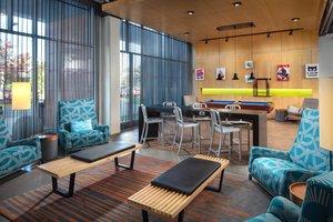 Lobby - Aloft Hotel BWI Airport Linthicum