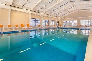 Pool - Holiday Inn Gurnee Convention Center