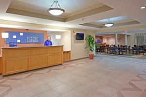 Lobby - Holiday Inn Express Hotel & Suites Carneys Point