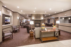 Lobby - Holiday Inn Express Hotel & Suites Yankton