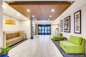 Lobby - Holiday Inn Express Vincennes