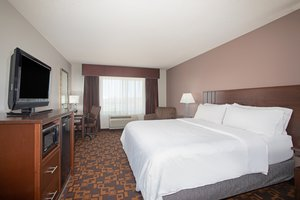 Room - Holiday Inn Express Hotel & Suites Yankton