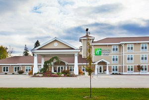 Exterior view - Holiday Inn Express Hotel & Suites Iron Mountain