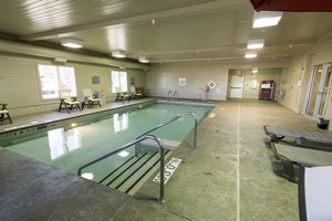Pool - Holiday Inn Express Hotel & Suites Iron Mountain