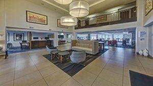 Lobby - Holiday Inn Express Murfreesboro