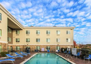 Pool - Holiday Inn Express Hotel & Suites Roseville