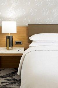 Room - Sheraton Hotel at Towne Center Cerritos