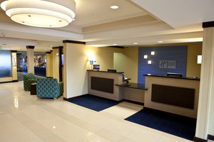 Lobby - Holiday Inn Express Dimondale