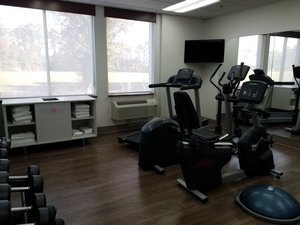 Fitness/ Exercise Room - Holiday Inn Express Speedway Daytona Beach