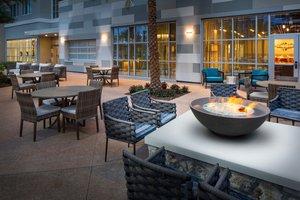 Lobby - Hotel Indigo Celebration Point Gainesville