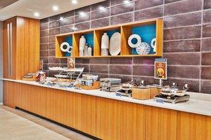 Restaurant - SpringHill Suites by Marriott Millbrook