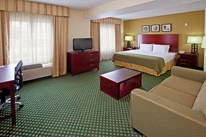 Room - Holiday Inn Express Hotel & Suites East Indianapolis