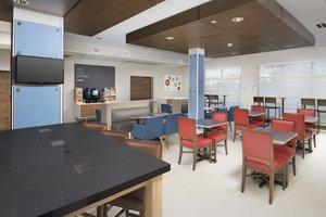Restaurant - Holiday Inn Express Hotel & Suites Windcrest San Antonio