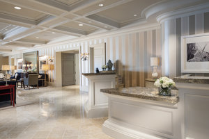 Lobby - Woodmark Hotel, Yacht Club & Spa Kirkland