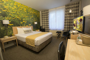 Room - Adria Hotel & Conference Center Bayside Queens