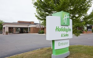 Exterior view - Holiday Inn Hotel & Suites St Cloud