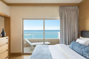 Beach - Malibu Beach Inn