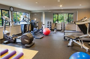 Fitness/ Exercise Room - Silver Cloud Inn University Village Seattle