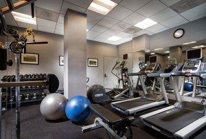 Fitness/ Exercise Room - Staypineapple Chicago the Loop Hotel