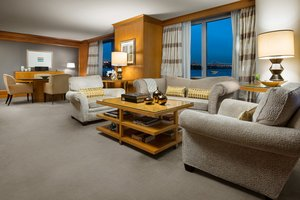 Suite - Wagner at the Battery Hotel New York