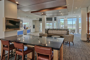 Lobby - Holiday Inn Express Hotel & Suites Roswell