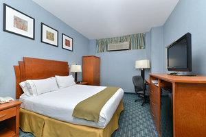 Room - Holiday Inn Express La Guardia Arpt Flushing