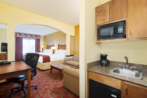 Room - Holiday Inn Express Hotel & Suites West Little Rock