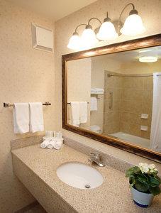 - Holiday Inn Express Hotel & Suites Marina