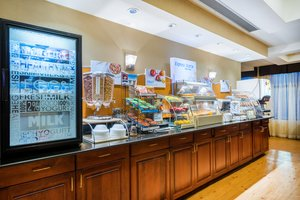 Restaurant - Holiday Inn Express Hotel & Suites North East