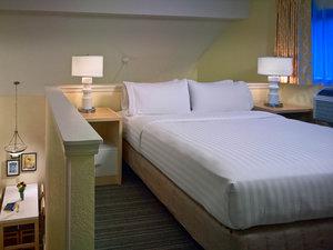 Room - Sonesta ES Suites Lombard