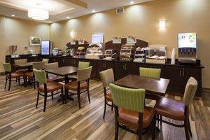 Restaurant - Holiday Inn Express Hotel & Suites North Davenport