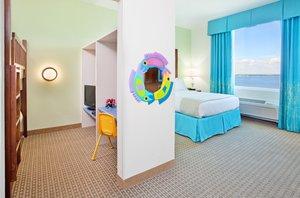 Suite - Holiday Inn Resort Pensacola Beach